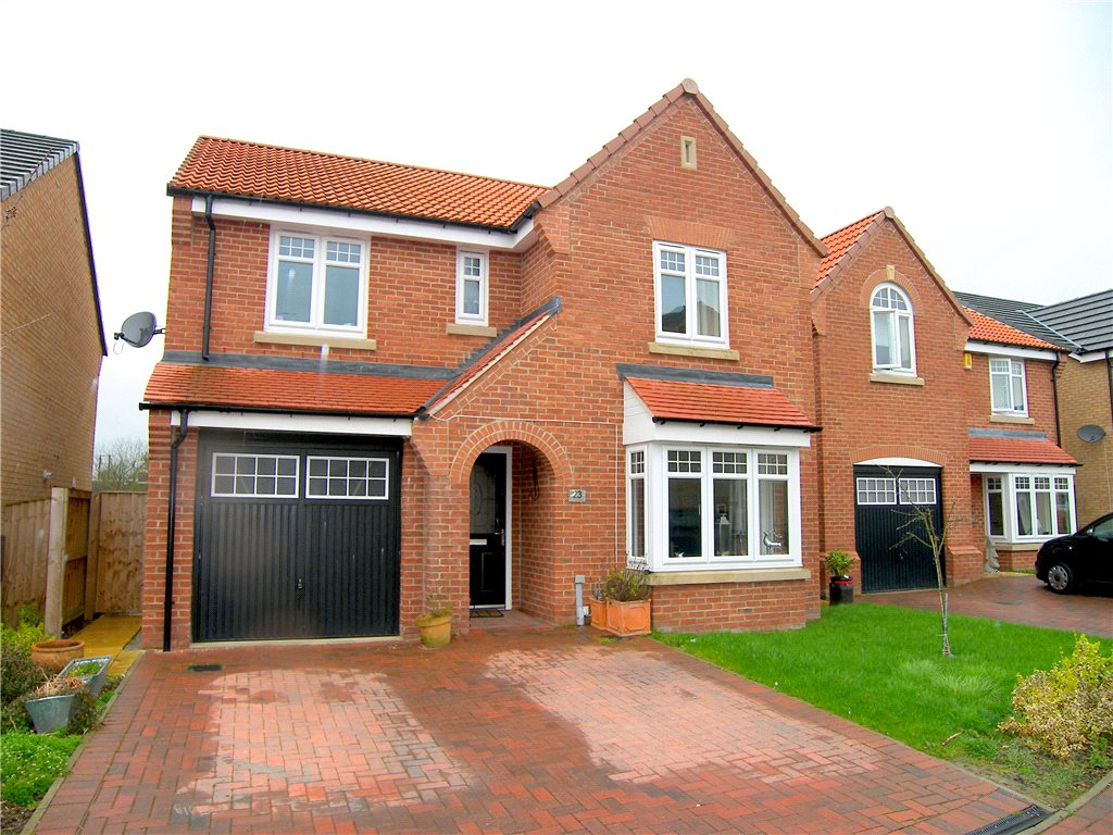 4 Bedrooms Detached House for sale in Oak View Gardens, Morton, Alfreton, Derbyshire, DE55