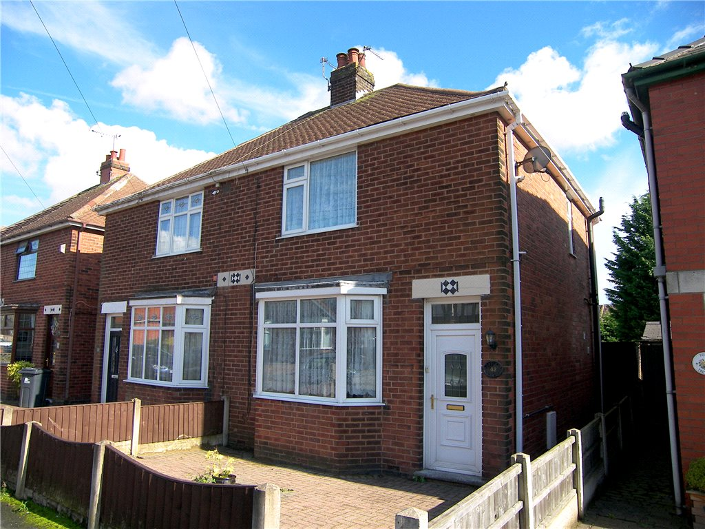 2 Bedrooms Semi Detached House for sale in Brenden Avenue, Somercotes, Alfreton, Derbyshire, DE55