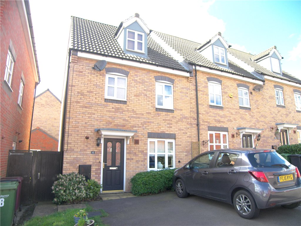 4 Bedrooms Semi Detached House for sale in Strutts Close, South Normanton, Alfreton, Derbyshire, DE55