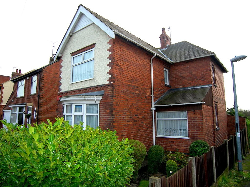 3 Bedrooms Detached House for sale in Swanwick Road, Leabrooks, Alfreton, Derbyshire, DE55