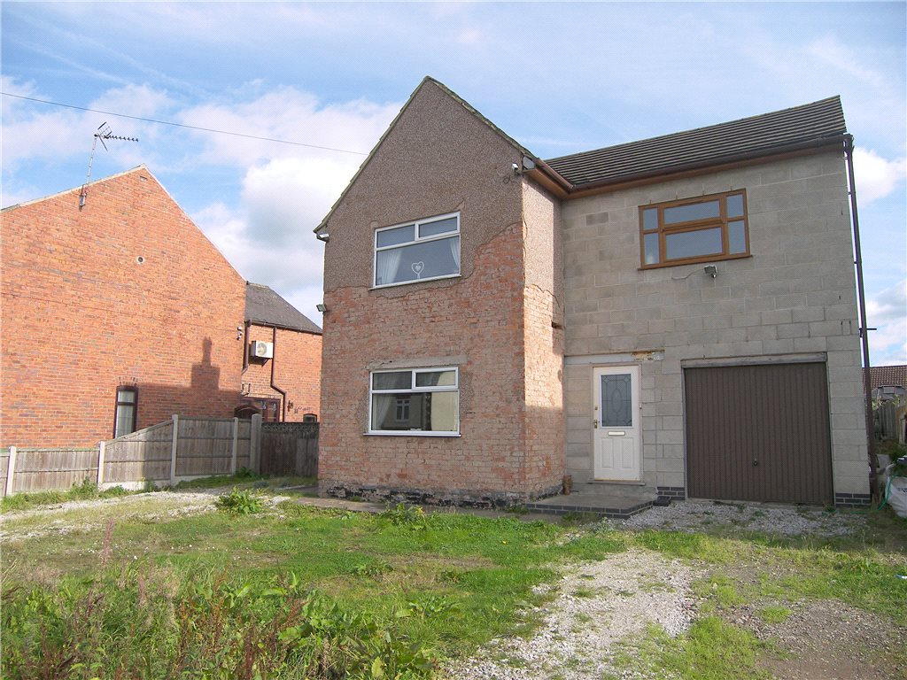 4 Bedrooms Detached House for sale in Leamoor Avenue, Somercotes, Alfreton, Derbyshire, DE55