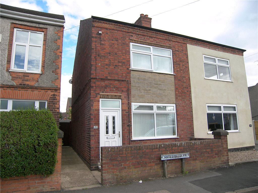 3 Bedrooms Semi Detached House for sale in Quarry Road, Somercotes, Alfreton, Derbyshire, DE55