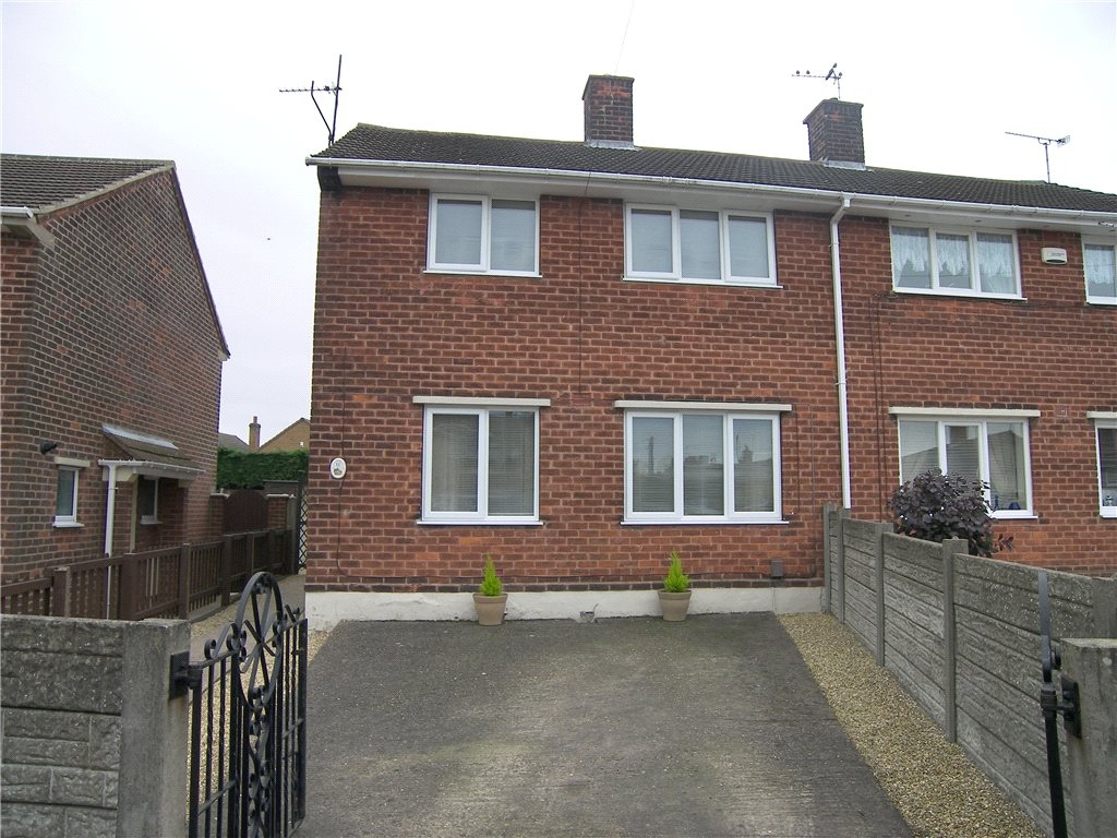 3 Bedrooms Semi Detached House for sale in Highfield Drive, South Normanton, Alfreton, Derbyshire, DE55