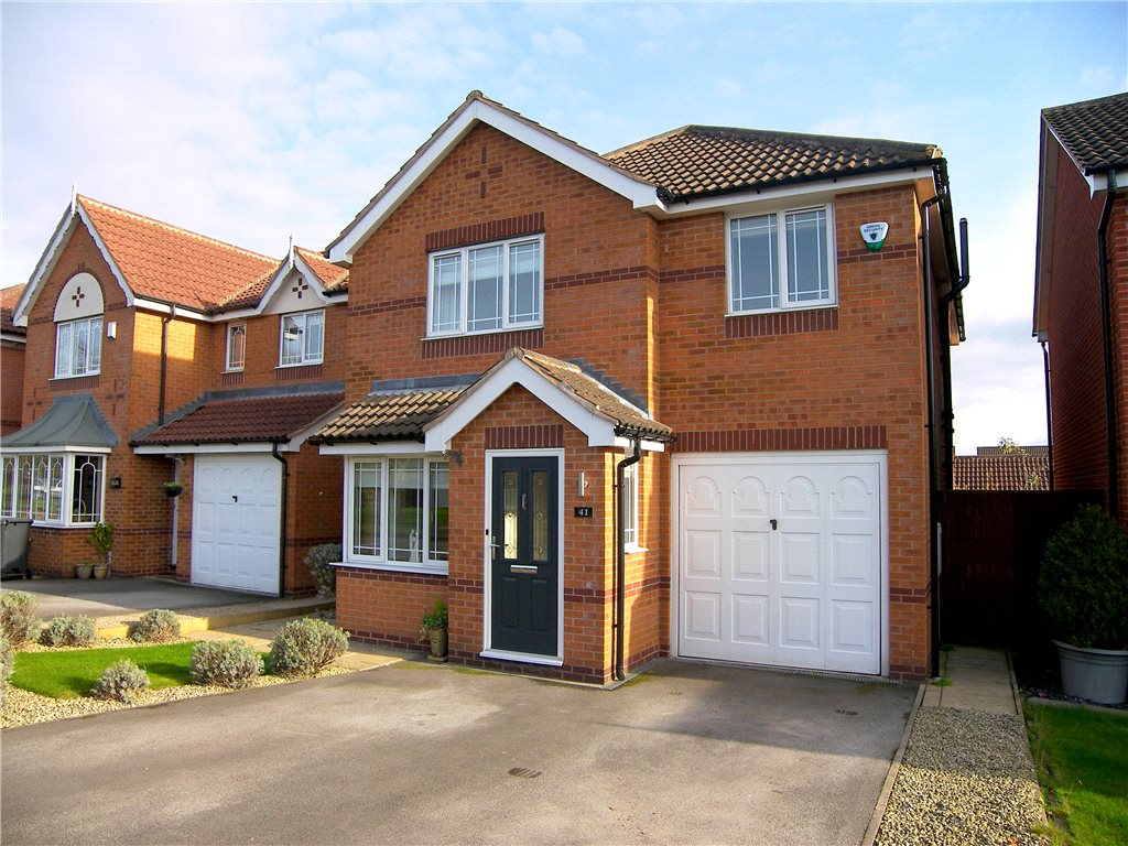 4 Bedrooms Detached House for sale in Hill Crest Avenue, Wessington, Alfreton, Derbyshire, DE55