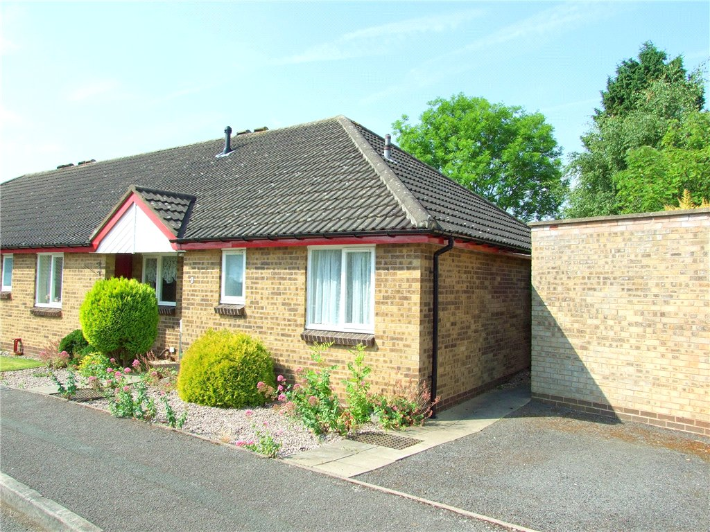 2 Bedrooms Terraced Bungalow for sale in Carsington Mews, Allestree, Derby, Derbyshire, DE22