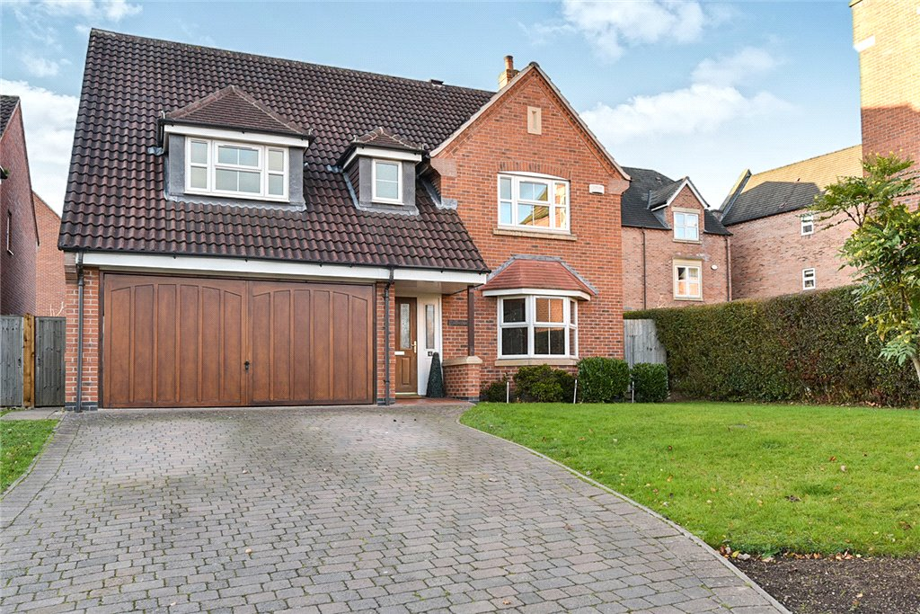 4 Bedrooms Detached House for sale in Baslow Drive, Allestree, Derby, Derbyshire, DE22