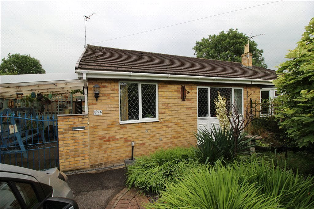 2 Bedrooms Semi Detached Bungalow for sale in Milton Close, Mickleover, Derby, DE3