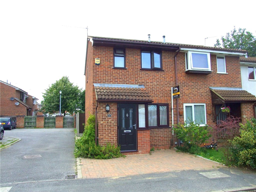 2 Bedrooms Town House for sale in The Eyrie, Sinfin, Derby, Derbyshire, DE24