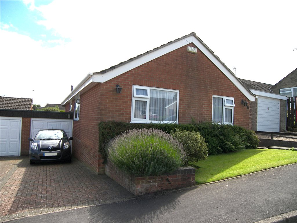 3 Bedrooms Detached Bungalow for sale in Well Close, Hulland Ward, Ashbourne, Derbyshire, DE6