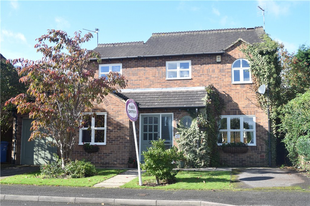 4 Bedrooms Detached House for sale in Fiskerton Way, Oakwood, Derby, Derbyshire, DE21
