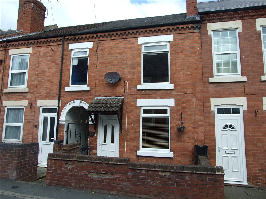 3 Bedrooms Terraced House for sale in Park Street, Heanor, Derbyshire, DE75