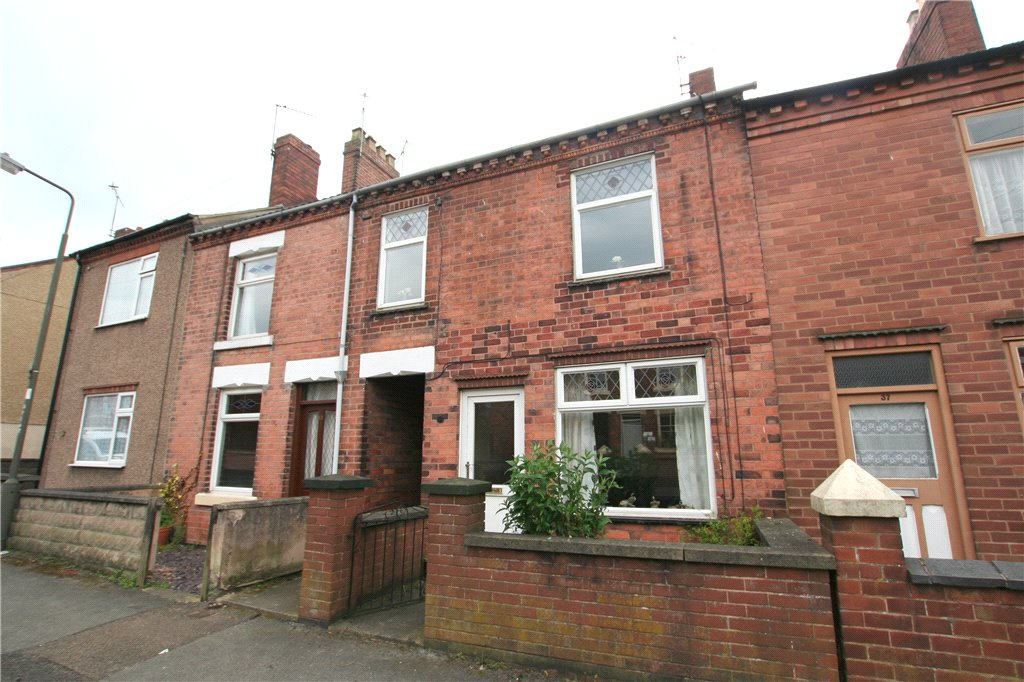 3 Bedrooms Terraced House for sale in Bamford Street, Marehay, Ripley, Derbyshire, DE5