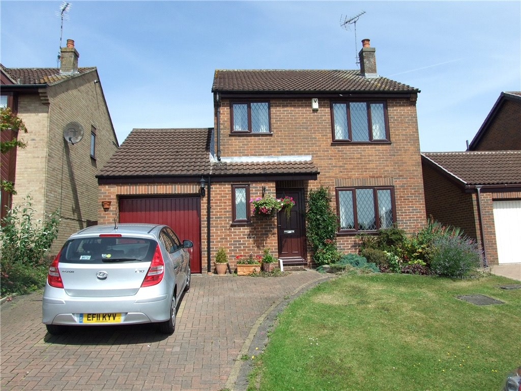 4 Bedrooms Detached House for sale in Banksburn Close, Heanor, Derbyshire, DE75