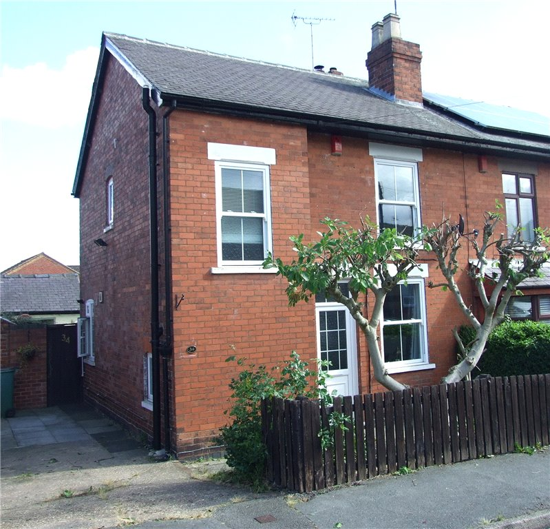 3 Bedrooms Semi Detached House for sale in Thompson Street, Langley Mill, Nottingham, Nottinghamshire, NG16