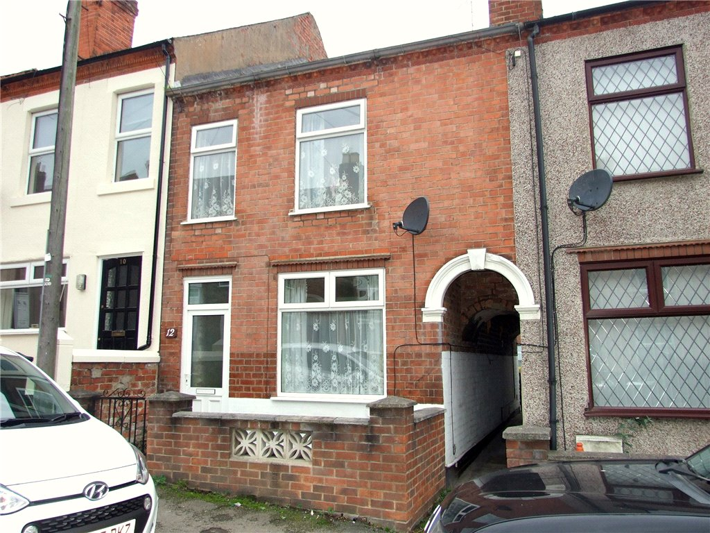 3 Bedrooms Terraced House for sale in Gladstone Street, Heanor, Derbyshire, DE75