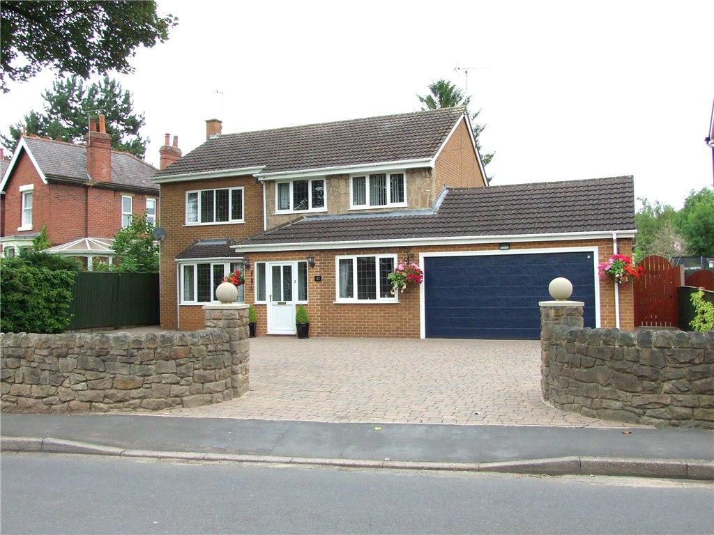 4 Bedrooms Detached House for sale in Collier Lane, Ockbrook, Derby, Derbyshire, DE72