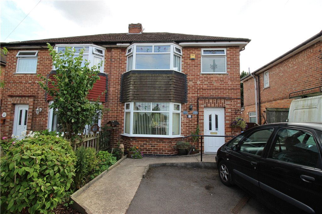 3 Bedrooms Semi Detached House for sale in Windsor Drive, Spondon, Derby, Derbyshire, DE21