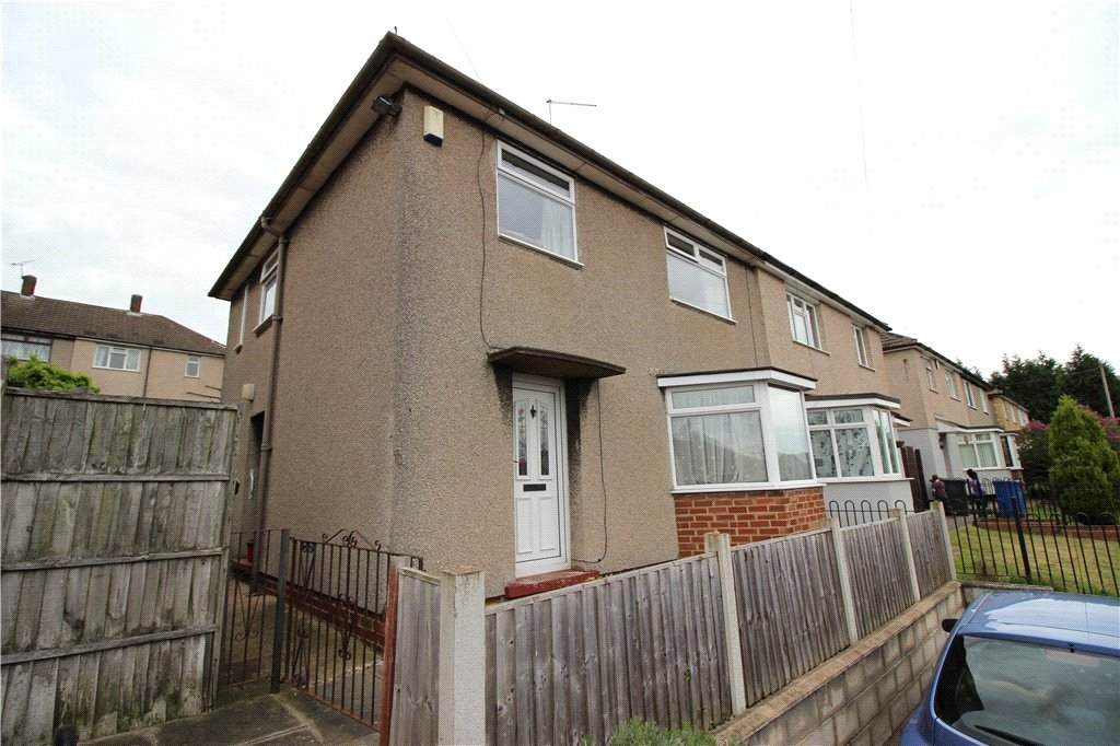 3 Bedrooms Semi Detached House for sale in Coniston Crescent, Breadsall Hilltop, Derby, Derbyshire, DE21